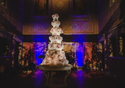 Amazing Sugar Flower Wedding Cake by TWC at Four Seasons, Florence