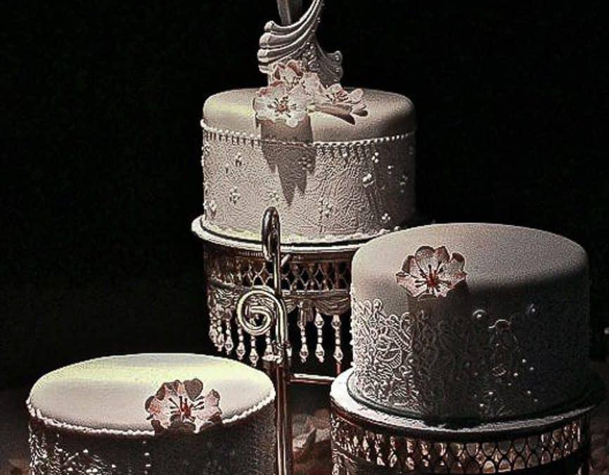 Cascading Lace Wedding Cake, Villa di Maiano, Tuscany