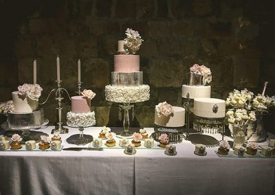 Luxury Wedding Sweet Table, Vincigliata, Tuscany