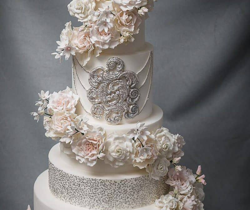 Marie Meets Alice at Tuscan Wedding Cakes