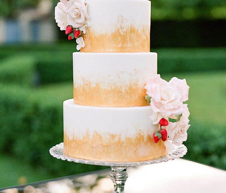 Villa La Vendetta Wedding Cake featured in Style Me Pretty
