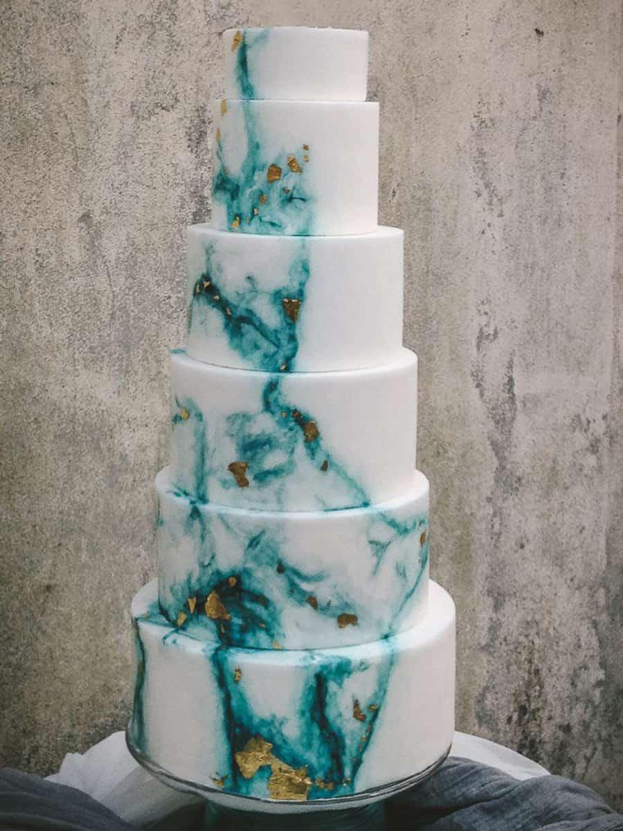 Seaside wedding cake in Cinque Terre