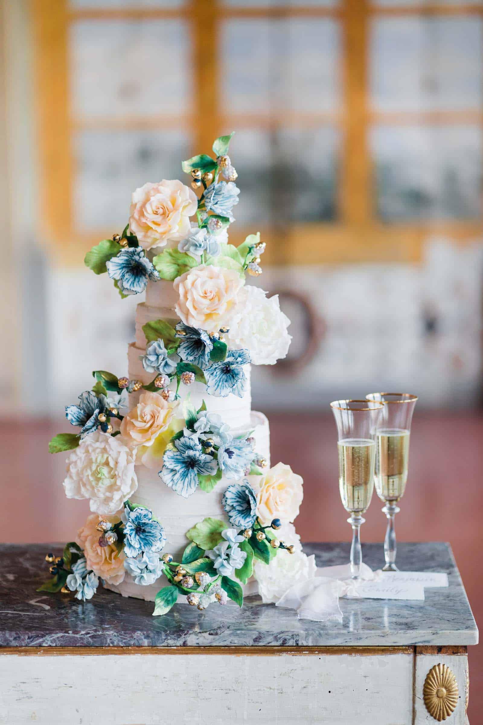 Luxury Wedding Cake Tuscany, Italy